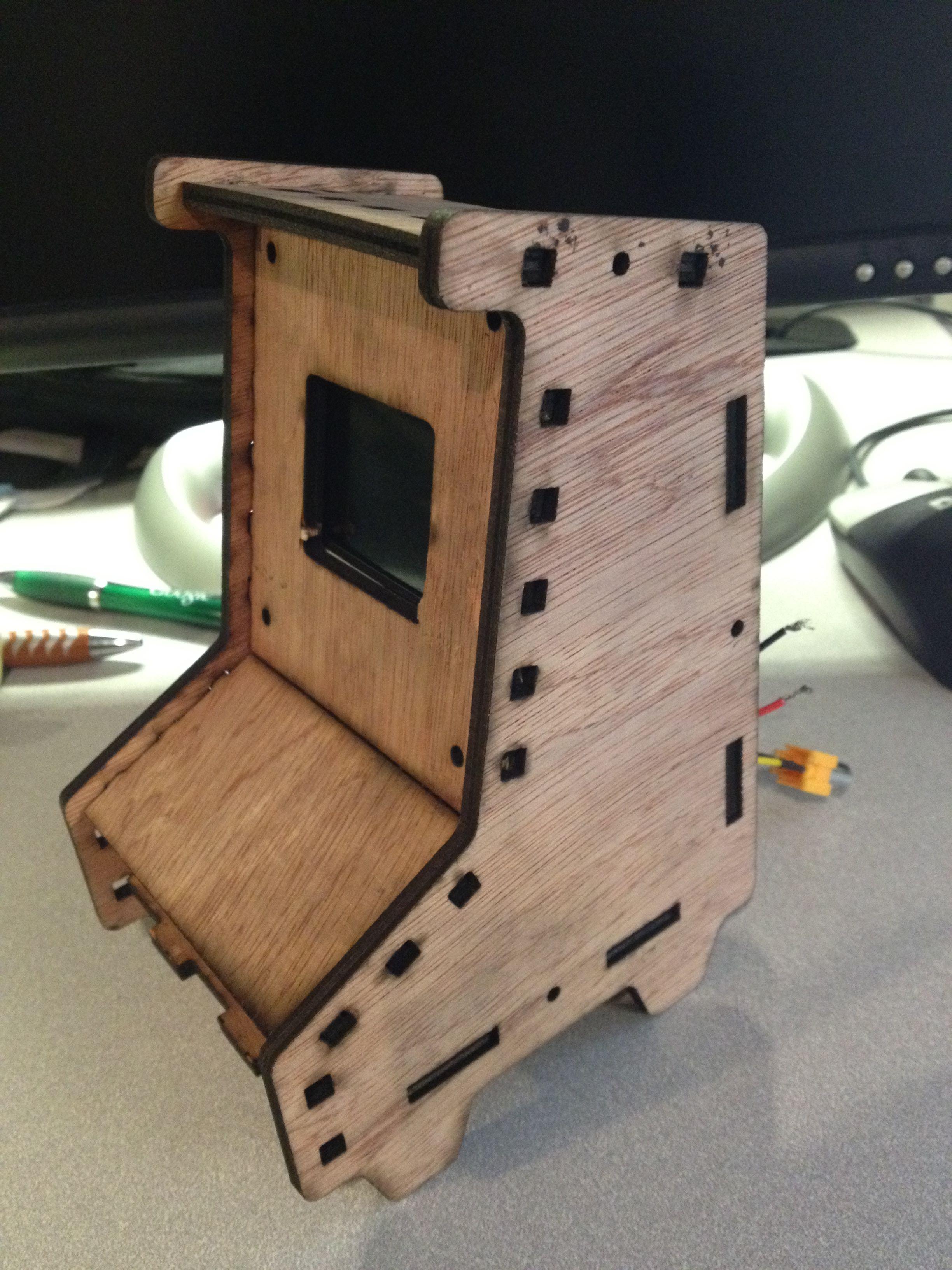 Laser Cut Mini Arcade Cabinet xpost - Raspberry Pi Forums